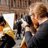 Православный фотограф. :: Юрий Слепчук