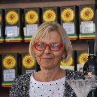 woman & bar :: Jerzy Hermanowicz