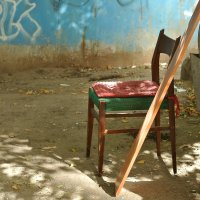 Про стул. :: Эника.
