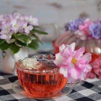 Цветочный чай :: Ольга Иванникова