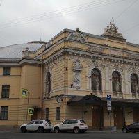 Цирк на фонтанке :: Алексей Чумаков
