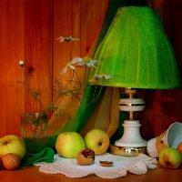 С яблоками и ромашками... :: Нэля Лысенко