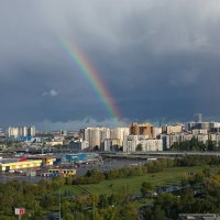 А за окном сияла радуга с утра... :: Валентина Папилова