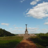 Монумент памяти 1812 года :: Андрей Буховецкий