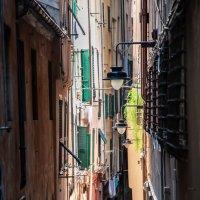 Улица путан в Генуе :: Наталия Л.