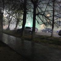 Двести метров до пожара.... :: Александр Широнин