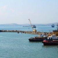 Порт Кавказ :: Василий