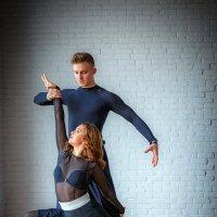Танцы. :: Андрей Ярославцев