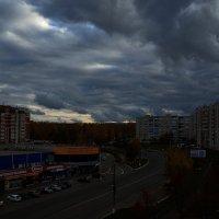 Тучи над городом . :: Алексей