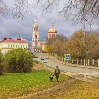 В городе осень :: Галина Новинская