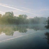 Утро туманное, утро седое :: Виталий Павлов