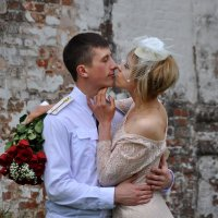 Чтобы быть генеральшей , выйди замуж за лейтенанта... :: Юрий Моченов