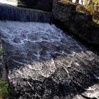 Мини водопад.. :: Антонина Гугаева