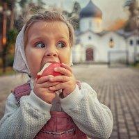 Яблочное настроение! :: Надежда Антонова