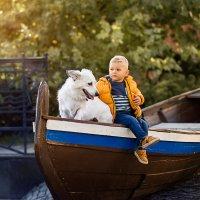 мальчик с собакой :: Елена Корж