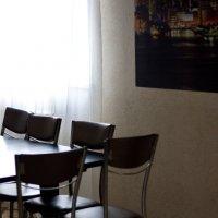 Повседневная жизнь стульев :: Лира Цафф