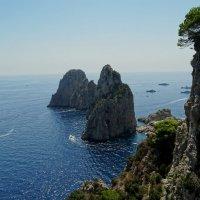 Вид на скалы Фаральони :: Иван Литвинов