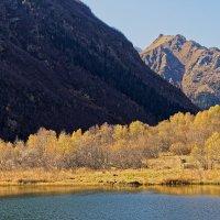 Осень в горах 2 :: Дмитрий Емельянов