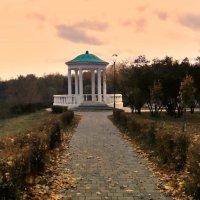 В парке Дворянское гнездо :: Александр Бойченко