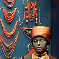 Украшения из кораллов. Выставка в Этнографическом музее (Санкт-Петербург) :: Ольга И