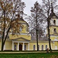 Усадьба Истомино. Церковь :: Евгений Кочуров