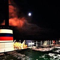 Ночь на палубе :: Сергей Никифоров