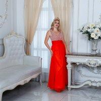 Красное платье :: Ирина Кулага