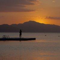 Остров Тиран перед рассветом :: Олег