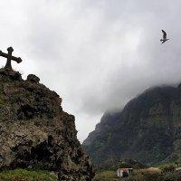 Пасмурный день в Сан-Висенто (San Vicente), Мадейра :: Анастасия Богатова