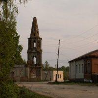 Старая церковь :: Владимир