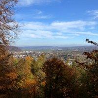 город и лес осенью :: Heinz Thorns