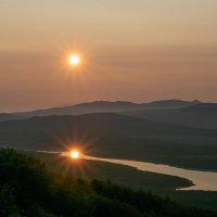 Два солнца. :: Юрий Харченко