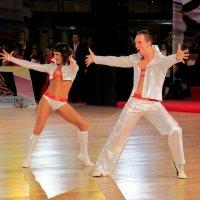 Танцевальный дуэт :: Валерий