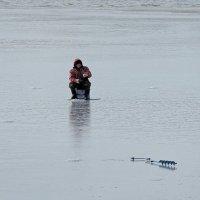 Зимняя рыбалка уже началась :: Зинаида Каширина