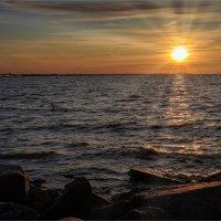 Вечер на заливе :: Сергей Кичигин