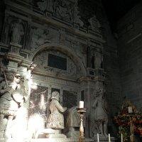 Интерьер часовни на  Коронационном холме в замке Скун (Шотландия) :: Галина