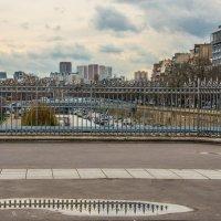 мост над каналом у площади Бастилии :: Георгий А