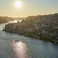 Закат над рекой Дуэро с моста Луиша I в Порто (Португалия) :: Минихан Сафин