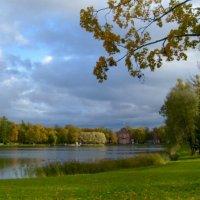 Прогулка в Екатерининском парке :: Самохвалова Зинаида