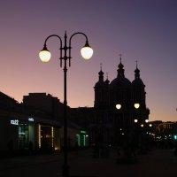 Москва вечерняя. Я шагаю с работы немного устало :: Андрей Лукьянов