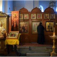 В Храме.. :: Александр Шимохин