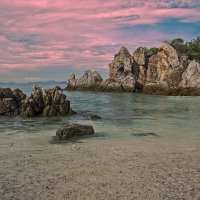 Прибрежные скалы :: Александр Трухин