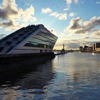 Hamburg. Altona. Dockland :: Nina Yudicheva