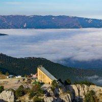 В горах над Ялтой. :: Павел © Смирнов