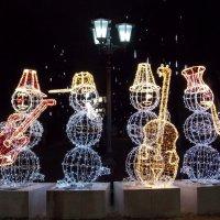 Веселые снеговики :: Galina Solovova