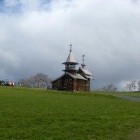 Церковь в облаках :: Елена Суханова