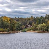 Осень -Волга. :: юрий макаров