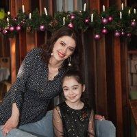 Элина с мамой :: Батик Табуев