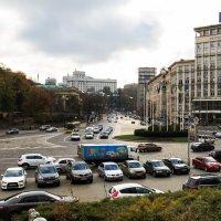 Киев, Европейская площадь.Вид с Владимирской горки :: Олег