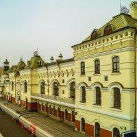 Железнодорожный вокзал Владивостока :: Виктор